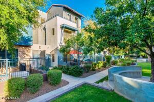 615 E PORTLAND Street, 168, Phoenix, AZ 85004