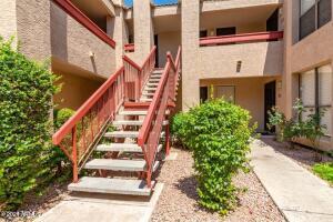 3131 W COCHISE Drive, 225, Phoenix, AZ 85051
