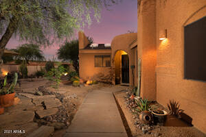 Beautiful/private front/side yard.