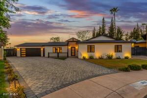 8607 E Angus Drive, Scottsdale, AZ 85251