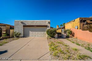 1114 E ESCUDA Drive, Phoenix, AZ 85024