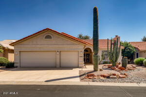 9325 E CEDAR WAXWING Drive, Sun Lakes, AZ 85248