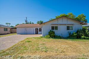 6225 E EARLL Drive, Scottsdale, AZ 85251