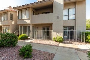 1840 E MORTEN Avenue, 130, Phoenix, AZ 85020