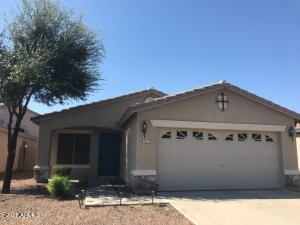 825 E MONTELEONE Street, San Tan Valley, AZ 85140
