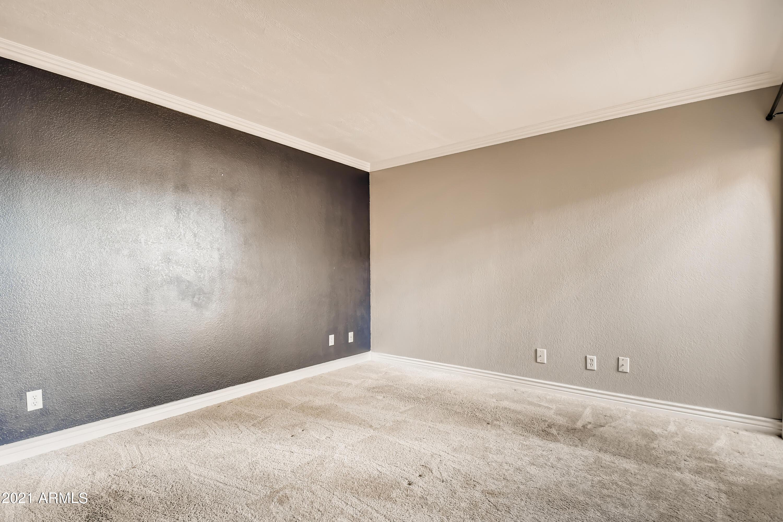 Photo #18: 17-342118674-19 Primary Bedroom