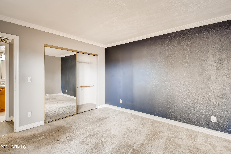 Photo #20: 19-973687313-21 Primary Bedroom