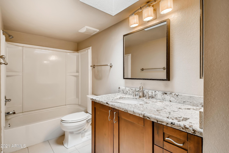 Photo #25: 24-602726227-27 Bathroom