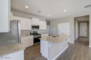 photo represents floor plan, options may vary