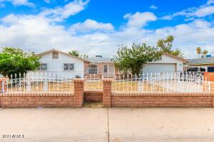 6435 W ROMA Avenue, Phoenix, AZ 85033