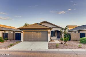 1725 W PROSPECTOR Way, Queen Creek, AZ 85142