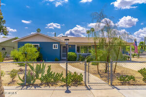 Great Curb Appeal and Fully Fenced!