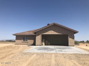 319 S 372 Drive, Tonopah, AZ 85354