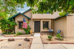 8027 N 48TH Avenue, Glendale, AZ 85302