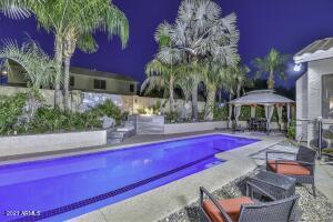 8022 W ROBIN Lane, Peoria, AZ 85383