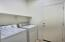 Laundry Room - Washer & Dryer Convey!