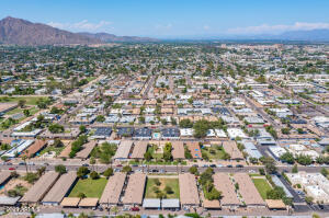 6709 E AVALON Drive, Scottsdale, AZ 85251