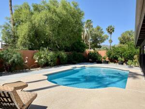 4533 E SUNRISE Drive, Phoenix, AZ 85044
