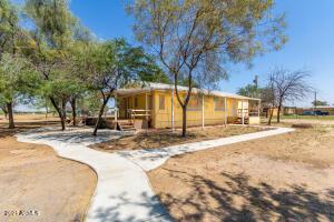 49960 W MOCKINGBIRD Lane, Maricopa, AZ 85139
