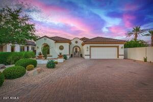 14762 W LUNA Circle S, Litchfield Park, AZ 85340