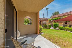 10330 W THUNDERBIRD Boulevard, C107A, Sun City, AZ 85351