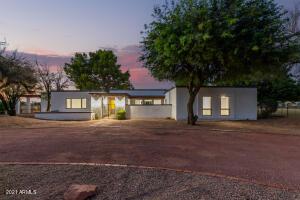 5240 W CINNABAR Avenue, Glendale, AZ 85302