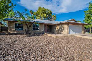 5420 W Seldon Lane, Glendale, AZ 85302