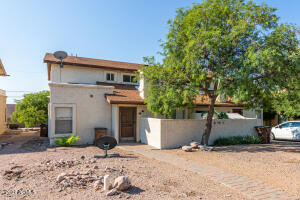 9797 E LA PALMA Avenue, Gold Canyon, AZ 85118
