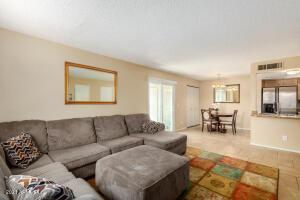7527 N 47TH Lane, Glendale, AZ 85301