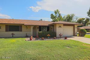 9821 W PLEASANT VALLEY Road, Sun City, AZ 85351