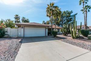 6245 E BLANCHE Drive, Scottsdale, AZ 85254