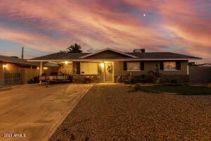 251 E HAMPTON Avenue, Mesa, AZ 85210