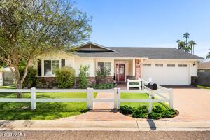 4525 E Cheery Lynn Road, Phoenix, AZ 85018