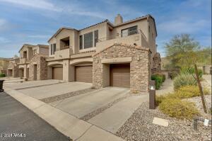 7445 E EAGLE CREST Drive, 1068, Mesa, AZ 85207