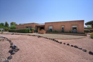 6015 E BERYL Avenue, Paradise Valley, AZ 85253