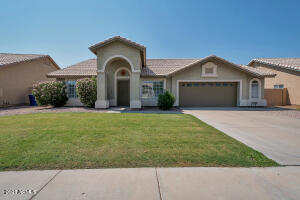 700 S JAY Street, Chandler, AZ 85225