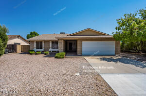 2301 N LOS ALTOS Drive, Chandler, AZ 85224