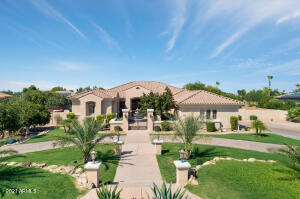 3,928 Sq. Ft. Home on 35,250 Sq. Ft. Lot. Entire House on Solar - Owned