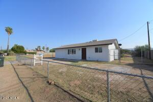 2535 E SOUTHGATE Avenue, Phoenix, AZ 85040