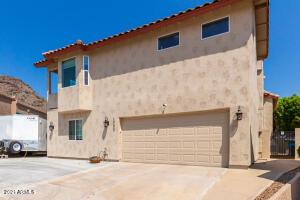 1706 E GELDING Drive, Phoenix, AZ 85022