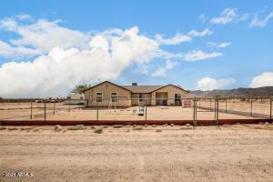 53799 W MOON DUST Road, Maricopa, AZ 85139