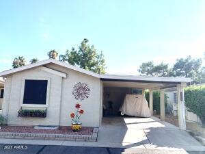 6233 S PINEHURST Drive, Chandler, AZ 85249