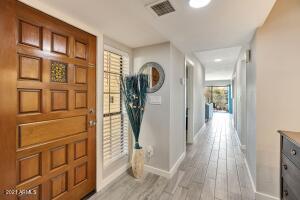 8201 N 21st Drive, 105, Phoenix, AZ 85021