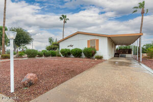 2000 S APACHE Road, 244, Buckeye, AZ 85326