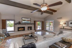 7363 E PARADISE Drive, Scottsdale, AZ 85260