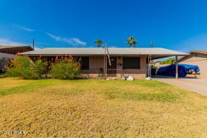 604 E PAPAGO Drive, Tempe, AZ 85281