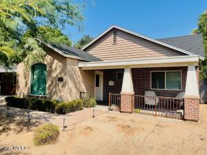1718 E PINCHOT Avenue, Phoenix, AZ 85016