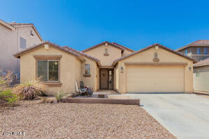 32874 N PEBBLE CREEK Drive, San Tan Valley, AZ 85143