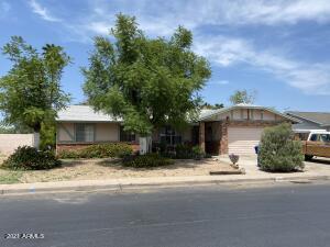 3402 E Diamond Avenue, Mesa, AZ 85204