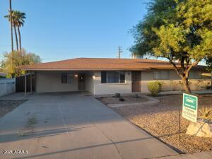 2816 E CHOLLA Street, Phoenix, AZ 85028